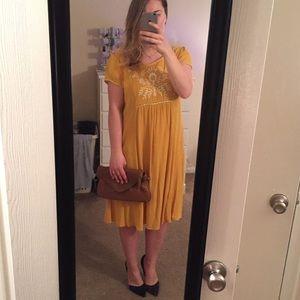 Cupio mustard dress NWT